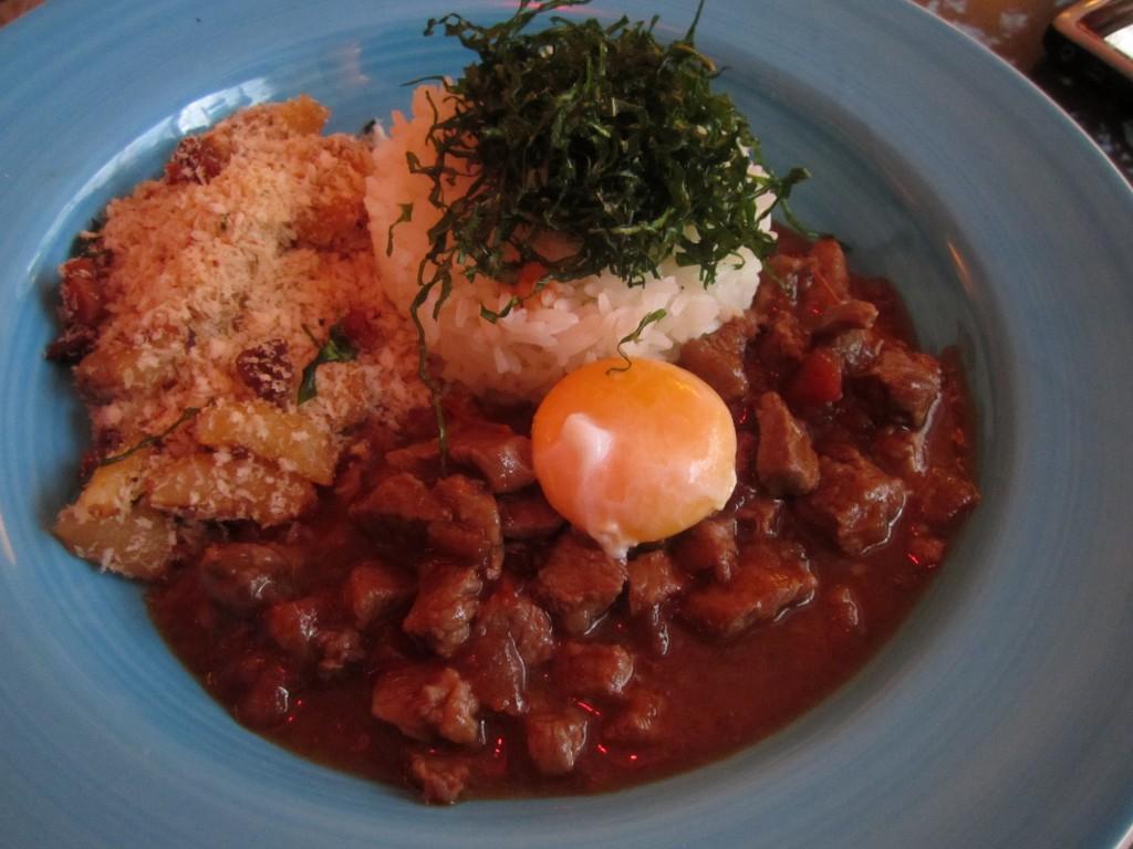 Picadilho con huevo y farofa. Zazá Bistro. Foto: Raúl Casañas
